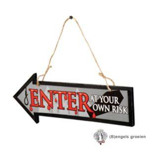 Halloween - Wegwijzer - Enter At Your Own Risk