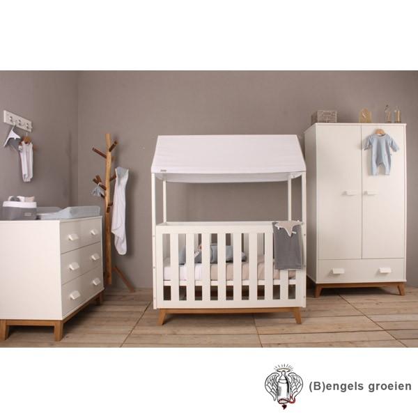 Complete babykamer - New Vintage - Met Hemelbed - Wit