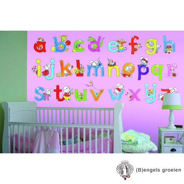 Posterbehang - Alphabet Pink - 3 Panelen