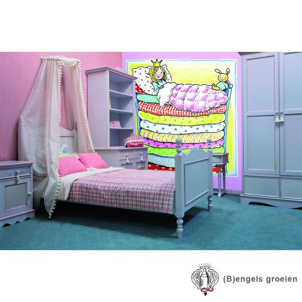 Posterbehang - Princess in Bunk Bed - 4 Panelen