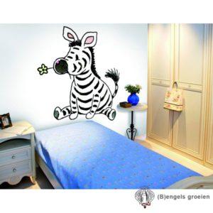 Posterbehang - Sitting Zebra  - 3 Panelen