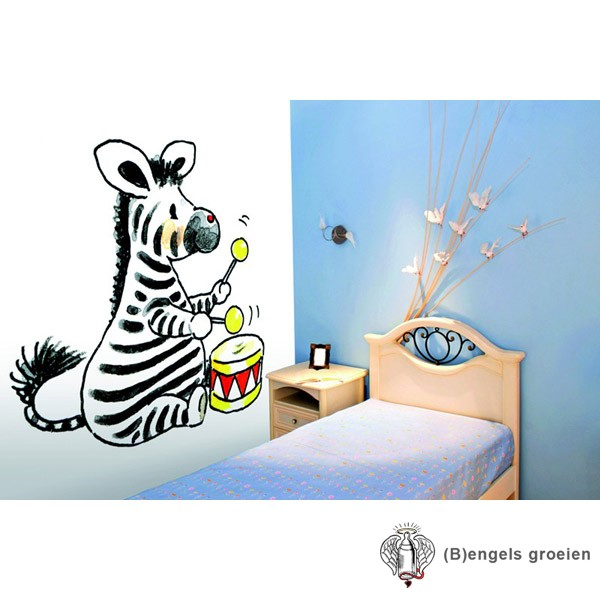 Posterbehang - Zebra with Drum - 3 Panelen